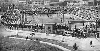 Tehdejší stadion Baníku Karviná